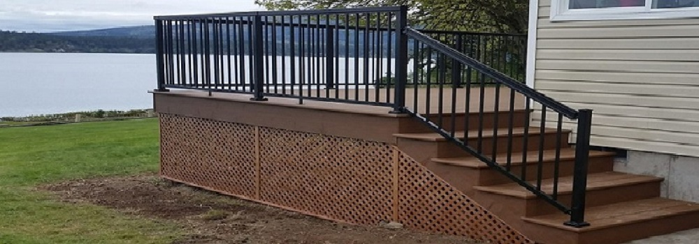 Trex Enhance Deck With Peak Aluminum Railing | GAWLEY BUILDING U0026  REMODELING, INC.