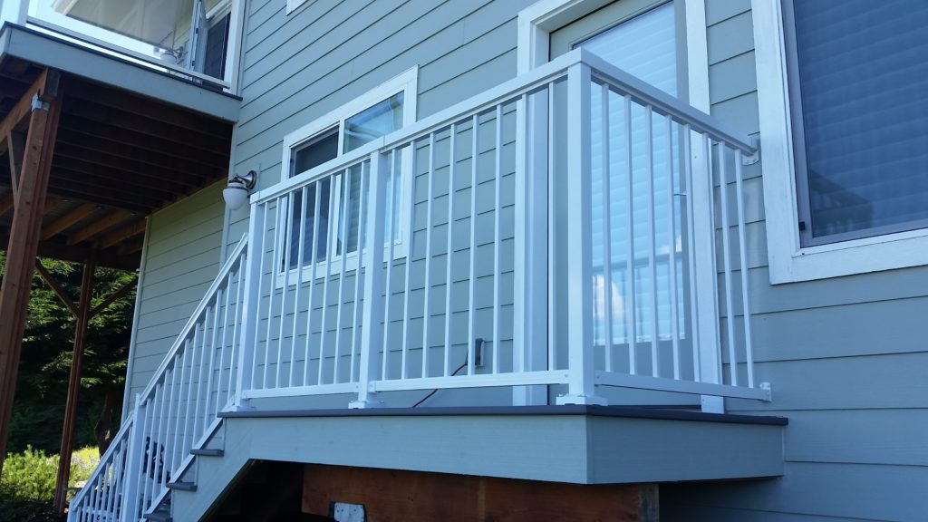 Azek Stairs with Peak Aluminum Railing